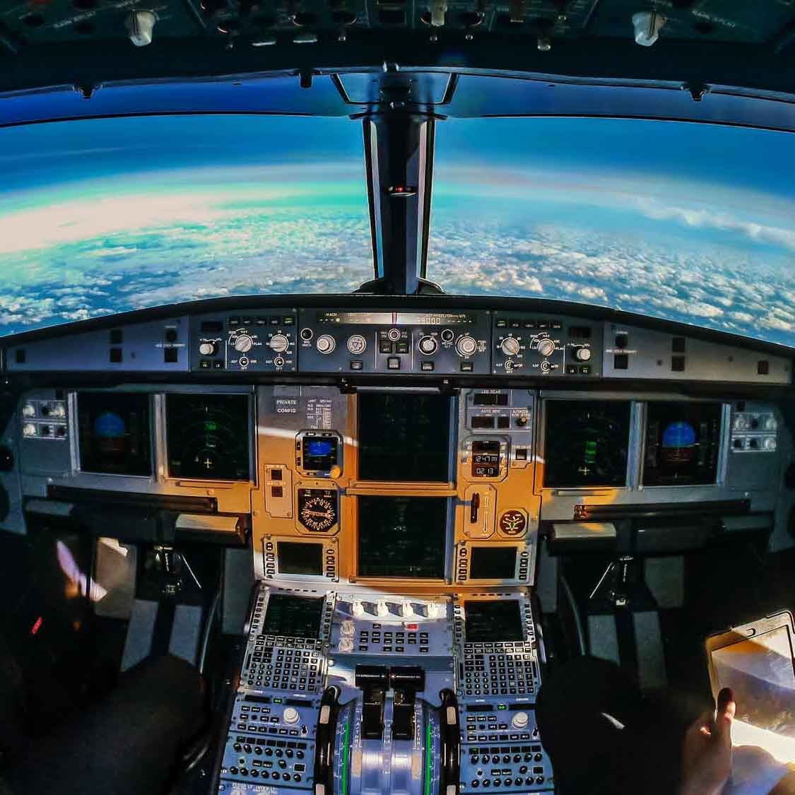 avionics design services frequencia cockpit